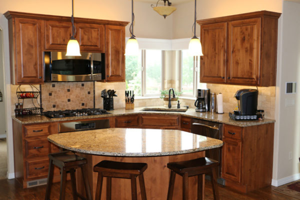 Pendant and Cabinet Top Lighting